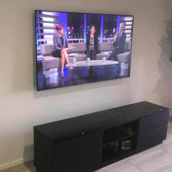 Hanged Tv at Fawkner